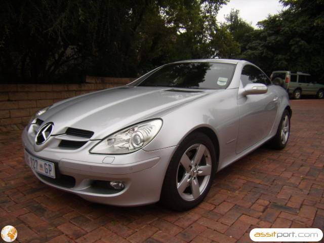 atn prestige used used 2005 mercedes benz slk 200 kompressor coupe car for sale in. Black Bedroom Furniture Sets. Home Design Ideas